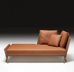 Méridienne for unwinding (chaise longue) in greyed oak and gold Clémence bull calf, Matières collection. Maison Hermès.