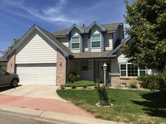 The Weathered Wood shingles on this house in Fort Collins look so nice.  They are from the GAF Timberline HD line of shingles.