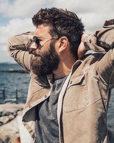 Bearded Men: 40 Trending Hairstyles For Men With Beards. Trending Hairstyles For Men, Mens Hairstyles With Beard, Fringe Hairstyles, Haircuts For Men, Cool Hairstyles, Hairstyle Images, Men's Haircuts, African Hairstyles, Bangs With Medium Hair