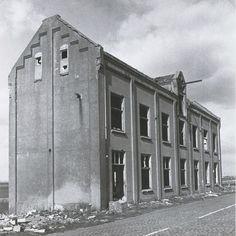 De keet van suikerfabriek Azelma. Deze werd gebruikt als onderkomen voor arbeiders in de campagne die te ver weg woonden om iedere dag naar huis terug te gaan.nu de keet !!