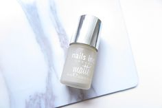 Nails Inc – Matte Topcoat Review. Hello Blushies! Today I'm gonna review the Nails Inc Matte Topcoat! I've never tried a matte topcoat before, so this would be interesting! The question is, will it work? I've got this one in a previous StyleTone box, and I was really exited! I saw so many pretty pictureContinue Reading