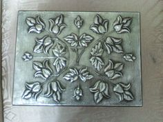 Grabar Metal, Aluminum Foil Art, Metal Embossing, Pewter Metal, Metal Artwork, Wire Crafts, Decoupage, Projects To Try, Texture