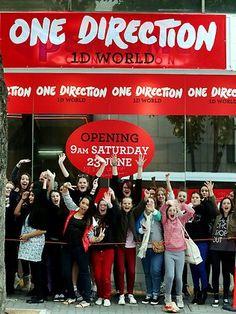 One Direction (heartthrob boy band) pop-up store - Brisbane, Australia #wearepopup