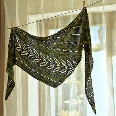 Silverleaf by Lisa Hannes | malabrigo Sock in Ivy
