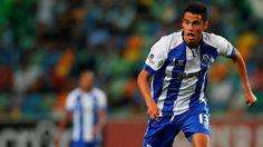 """FC Porto Noticias: REYES """"Martins Indi obrigou-me a aplicar-me mais"""""""