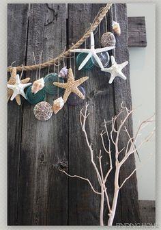 DIY Ideas with Shells - Simple Beach Garland - Best Sweet Sea Shell Crafts… - Diyprojectgardens.club, DIY Ideas with Shells - Simple Beach Garland - Best Sweet Sea Shell Crafts . Seashell Crafts, Beach Crafts, Diy Crafts, Design Crafts, Seashell Garland, Decor Crafts, Deco Marine, Nautical Design, Nautical Theme