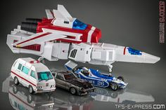 """INTRODUCTION For many collectors in the world of so-called third party """"Masterpiece"""" Transformers, FansToys reign supreme. Transformers Masterpiece, Transformers Characters, Transformers Toys, Gi Joe, Cute Beach Pictures, Play Therapy Techniques, Transformers Collection, Video Game Cosplay, Miniatures"""