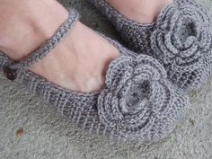 Adult Slippers Crochet Pattern PDF,Easy, Great for Beginners