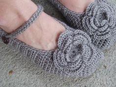 Adult Slippers Crochet Pattern PDF,Easy, Great for Beginners