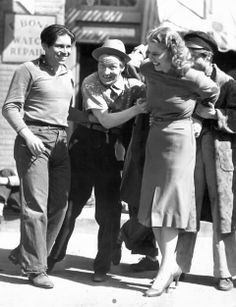 "Ann Sheridan playing around with The Dead End Kids during the filming of ""Angels With Dirty Faces"" Classic Hollywood, Old Hollywood, The Bowery Boys, Kids Tumblr, Samuel Goldwyn, Ann Sheridan, James Cagney, Dead Ends, Humphrey Bogart"