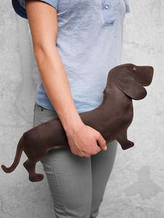 Webshop - Keecie Good dog, bag This little puppy can go anywhere. Extra advantages: you don't have to walk it, it doesn't beg or bark, and it can fit your phone and wallet.