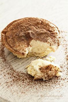 South African Dessert - Milk Tart and Milk Tart Shooter Recipe Tart Recipes, Sweet Recipes, Dessert Recipes, Cooking Recipes, Sweet Pie, Sweet Tarts, Just Desserts, Delicious Desserts, Yummy Food