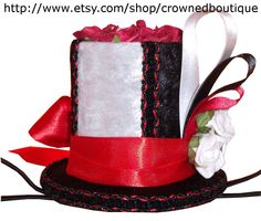 Black Red White Alice In Wonderland Inspired by CrownedBoutique