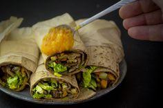 Tortilla er så let at lave og kan varieres i det uendelige. Her kan du virkelig trylle dine kedelige rester til en nem og sund hapser.