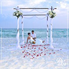 """Türkiye'de bir çok bölgede, gün batımında nikah seremonisi eşliğinde sevdiğiniz adama """"evet"""" demek istemez miydiniz? www.dk-weddingplanner.com/#!yurt-ii-paketler"""