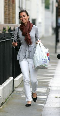 Kate Middleton proves she not too posh to shop as she pictured leaving Tesco in SW London.