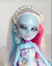The Daughter of Jack Frost, Jacqueline carries winter with her in a jar. This pretty Monster High Abbey doll has had her factory makeup removed and replaced w… Monster High Abbey, Monster High Custom, Monster High Dolls, Fairy Dolls, Jack Frost, Disney Princess, Unique Jewelry, Handmade Gifts, Pretty