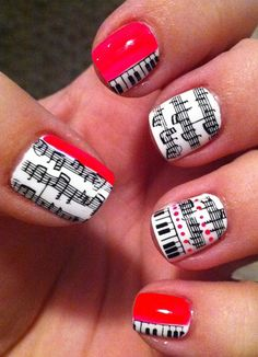 The cutest music note nails ever! Must learn how to do this!