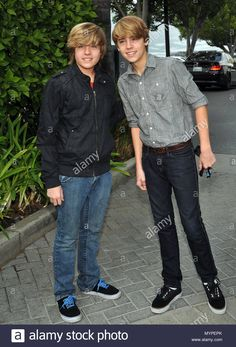 Stock Photo - Cole Dylan Sprouse 04 - Power Of Youth Event on the Paramount Lot In Los Cole Dylan Sprouse 04 Event in Hollywood Life - California, Red Carpet Event, USA, Film Backstage Music, Teenage Boy Hairstyles, Old Disney Shows, Zack Y Cody, Cole Spouse, Famous Twins, Dylan And Cole, Dylan Sprouse, Wife And Kids