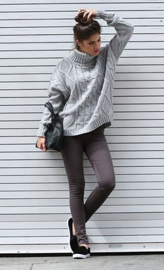 Street Chic // love the gray turtleneck