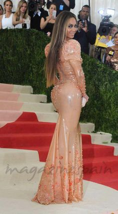 La gluteoplastia está de moda Beyonce trasero