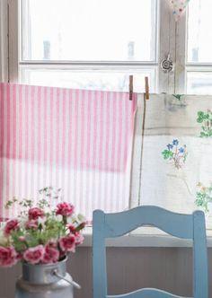 14 diy kitchen window treatments voilages pinterest gardinen vorh nge und fenster. Black Bedroom Furniture Sets. Home Design Ideas