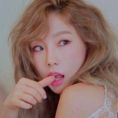 Kim Taeyeon ~~ So beautiful <3 (cr: sonuyshidae)