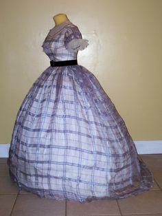 Silk organdy ballgown c.1860