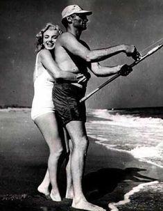 Mai Amagansett Beach, Marilyn et Arthur par Shaw - Divine Marilyn Monroe Marilyn Monroe, Norma Jeane, Life Moments, Cultura Pop, Old Hollywood, American Actress, My Idol, Actors & Actresses, Wonder Woman