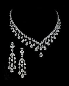 GABRIELLE'S AMAZING FANTASY CLOSET | Suite of Diamond Necklace and Earrings