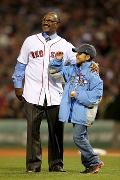 Former Boston Red Sox player Jim Rice delivers the first pitch baseball with Jordan Laudani of the Watertown Boys and Girls Club before the start of Game Six of the 2013 World Series between the. Red Sox Baseball, Pro Baseball, Boston Red Sox Players, Jim Rice, Red Sox Nation, Boys And Girls Club, Boston Strong, Buster Posey, Boston Sports