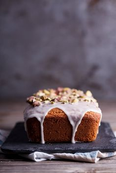 This lemon coconut oil cake recipe is quick to throw together and the perfect tea time treat. simply-delicious-food.com