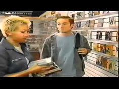La Aventura de Luis en el Excelente Servicio al Cliente (Widescreen)