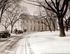 """vintage everyday"": Snowy scene from Washinton D.C. in the early 1900s"