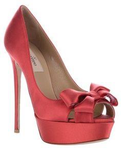 Valentino Bow Detail Platform Pumps in Red€490 #Shoes #Heels #Valentino