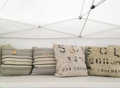 * Chic Provence *: The Holiday Weekend Alameda Flea Market Trek... PILLOWS!
