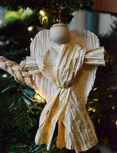 Full of rustic, down-to-earth charm, this angel craft is beautifully simple. Use your paper crafting skills to create this heavenly ornament craft. paper twist, twist angel, angel crafts, paper crafting, angel ornaments, christma ornament, christma craftsorna, ornament crafts, paper angel