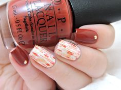 OPI First date at the Golden Gate - Distressed nails