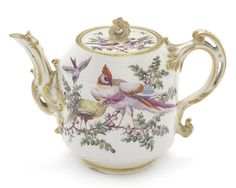 Chelsea Teapot - (Nicholas Sprimont Period) Sprimont was a co founder of Chelsea. He was a French Huguenot Goldsmith who fled France with his family Chelsea, Homemade Home Decor, Tea Caddy, Tea Art, Ceramic Flowers, Tea Infuser, Coffee Set, My Tea, China Porcelain
