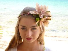 Big lotus Flower Crown Frida Hair Headband by BlackSwanFeather Pink Headbands, Flower Headpiece, Headband Hairstyles, Lotus Flower, Flower Crown, Pink Hair, Silk Flowers, Different Colors, Hair Accessories
