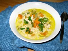 Creamy Chicken Soup with a Kick – Paleo in PDX Gluten Free Chicken Broth, Paleo Chicken Soup, Homemade Chicken Soup, Paleo Soup, Creamy Chicken, Stuffed Pepper Soup, Stuffed Peppers, Healthy Cooking, Healthy Recipes