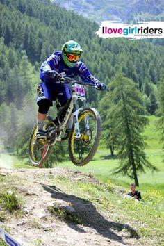 Coupe de France at Auron » Rider: Laura Lohner - Location: Auron (FRA) - #ilovegirlriders #iamagirlrider #ilgr #girlriders #mtb #bmx #downhill #ciclocross #freeride #road #cycling #cyclingwomen #womenscycling