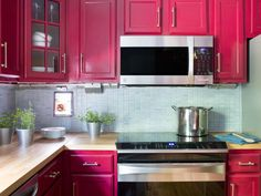 Small Kitchen Makeover >> http://www.hgtv.com/design/decorating/design-101/bold-kitchen-makeover-pictures?soc=pinterest