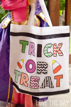 No Sew MOD PODGE Trick or Treat Bag by Love The Day