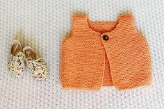 Knit Baby Girl Vest Hand Knit Baby Sweater Wool Vest door LalaKa, $28.00
