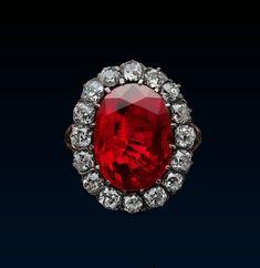 http://rubies.work/0194-ruby-rings/ Queen Marie José Roy beauty bling jewelry…