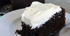 Recette irlandaise : le gâteau à la Guinness pour la crème: 250g de mascarpone, 250g de crème liquide, 75g de sucre en poudre