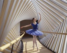 Bridge of Aspiration by Wilkinson Eyre. Linking the Royal Opera House Covent Garden and the Royal Ballet School Brooke Hyland, Alvin Ailey, Maddie Ziegler, Modern Dance, Acro, Photography Winter, Dance Photography, Dance Tutorial, Dance Outfit