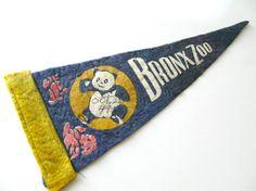 Bronx Zoo Pennant, Vintage Mini Felt Souvenir Pennant, Panda Pennant