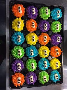 Baby Boy Geburtstag Monster Party Ideen Super Ideen … – first birthday ideas – Jungen Monster Birthday Cakes, Little Monster Birthday, Monster 1st Birthdays, Monster Birthday Parties, Monster Cupcakes, First Birthdays, 1st Birthday Cupcakes, Birthday Cakes For Boys, Monsters Inc Cupcakes